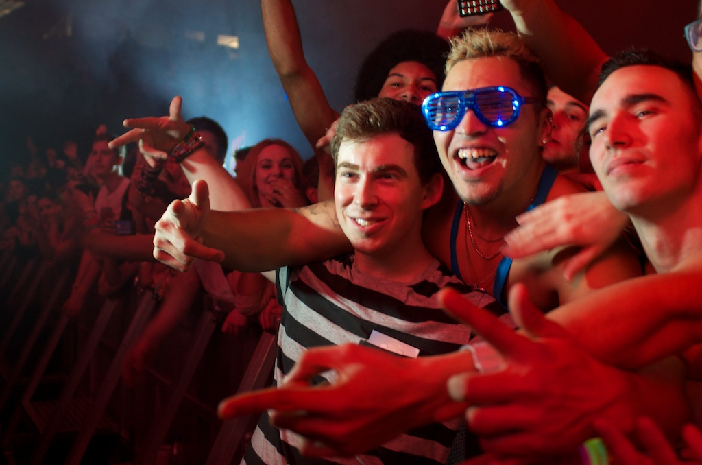 hardwell with fans