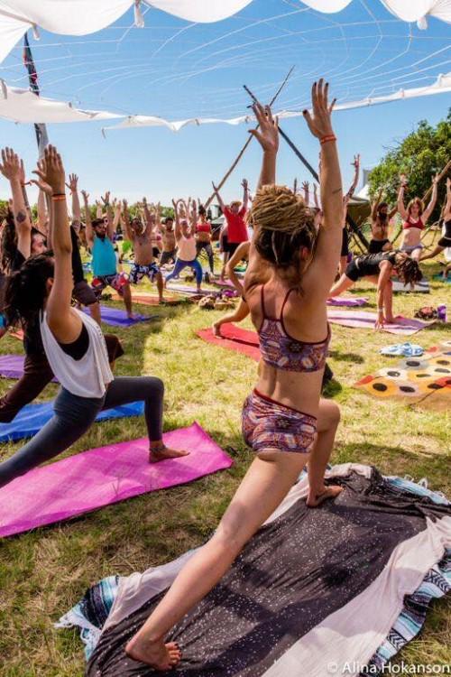 11 Yoga