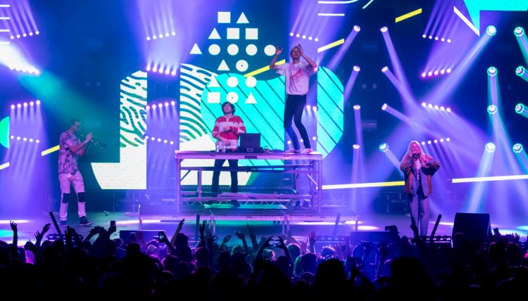 LouisTheChild_FoxTheater_12_9_LowRes-6